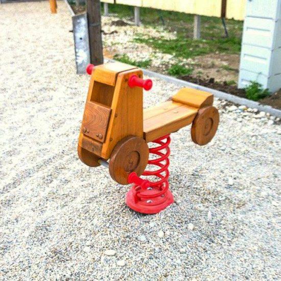 Hracie prvky na detské ihrisko - pružinová hojdačka Autíčko