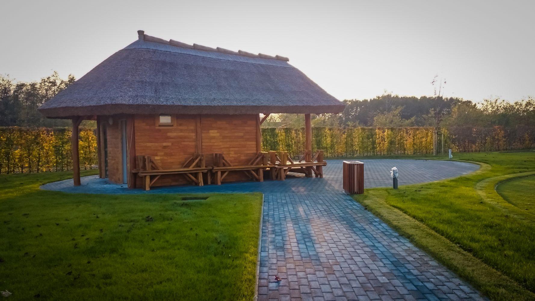 Altánok so slamenou strechou - Šamorín