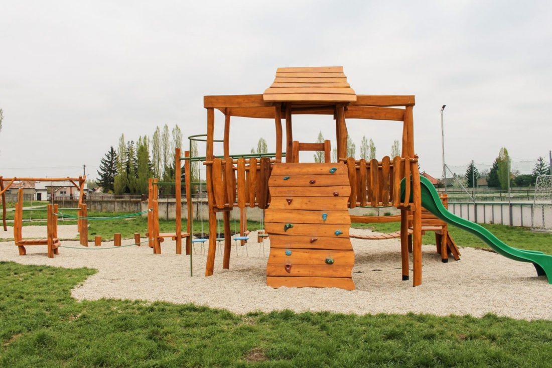 Detské ihrisko z agátového dreva - Trojveža