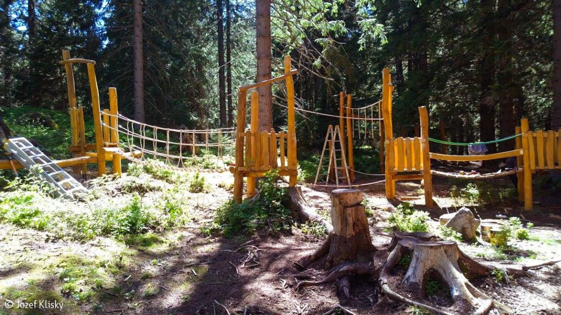 Lanová dráha - zostava lanových a drevených preliezok, Vrbické pleso