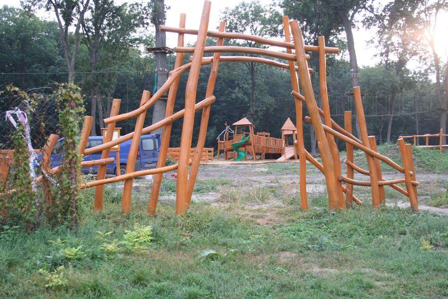 Vstupná brána z agátového dreva, Veľký Meder