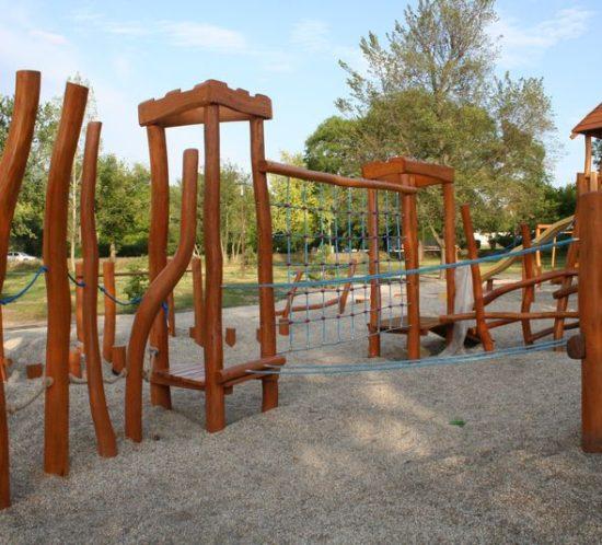 Detské ihrisko v Parku Antona Bernoláka, Nové Zámky