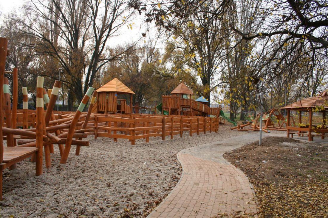 Drevené detské ihrisko Kúzelník, Nové Zámky