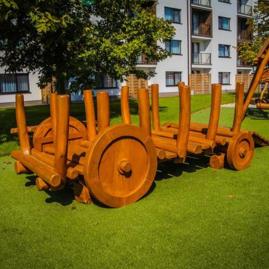 Drevené preliezky na detské ihriská - voz rebrinák