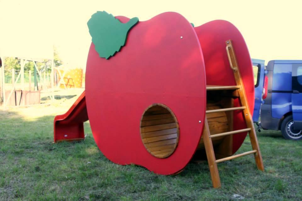Šmykľavka Jablko s tunelom
