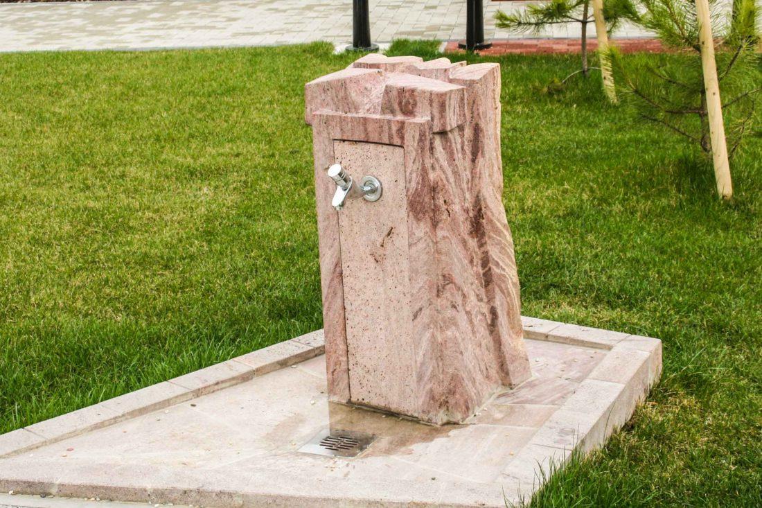 Pitná fontánka Veľké Lovce