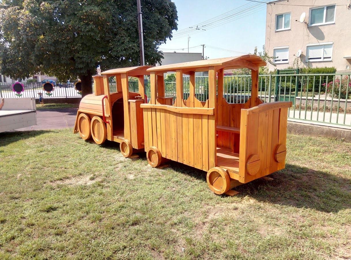Domček pre škôlkarov - Drevený Vláčik